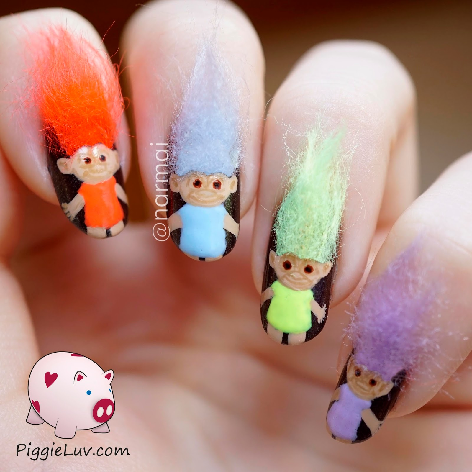 Troll-dolls-3D-nail-art-1
